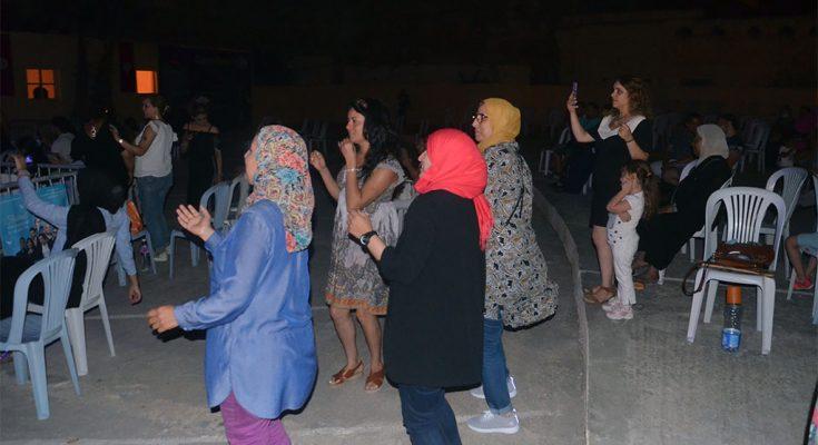أيمن لصيق ونهى رحيم يمتعان جمهور الكراكة في إفتتاح مهردان البحر الأبيض بحلق الوادي -التيماء